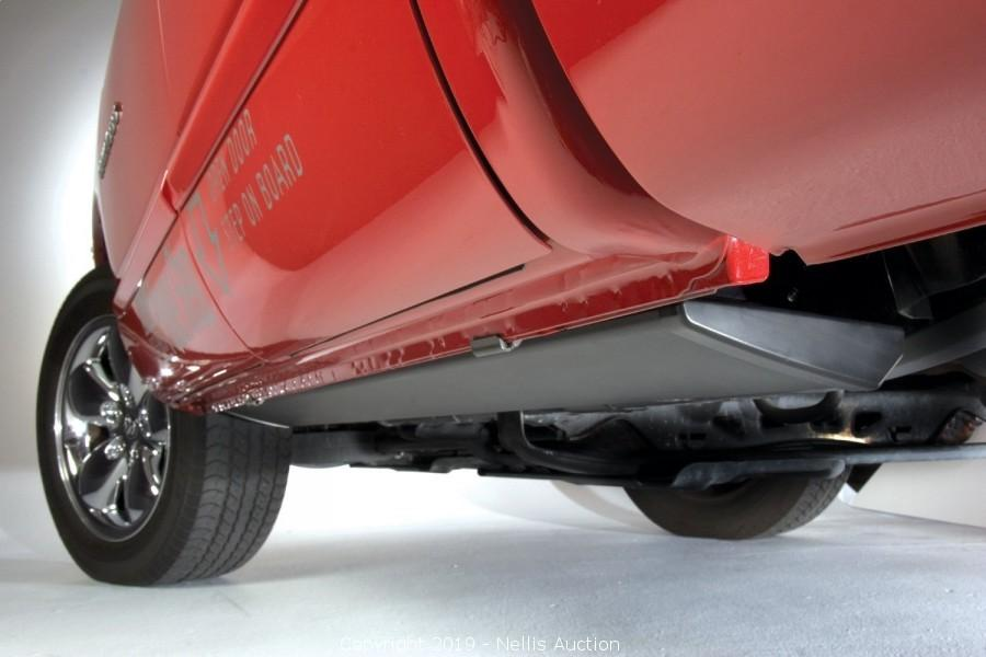 Power Step Plug N Play System for Ford Super Duty AMP Research 76235-01A Black Running Board