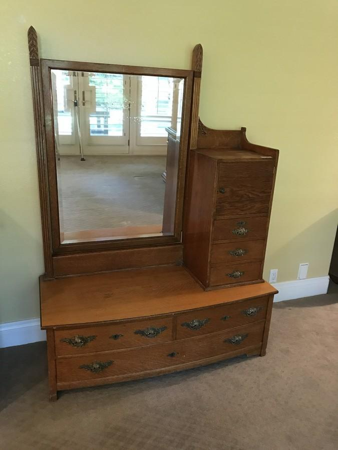 Antique Oak Dressing Table Dresser And Mirror Mirror Shows Age - Antique oak dressing table